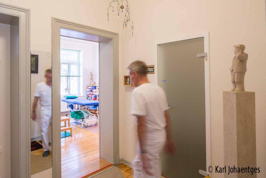 manuelle therapie in hannover linden. Black Bedroom Furniture Sets. Home Design Ideas